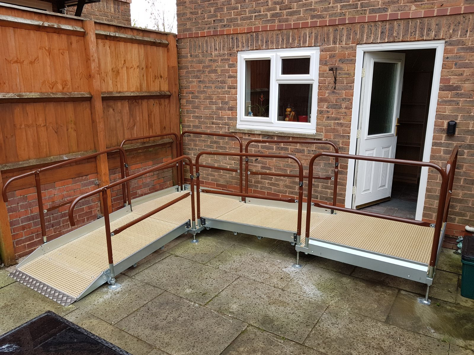 Corner disabled Ramp